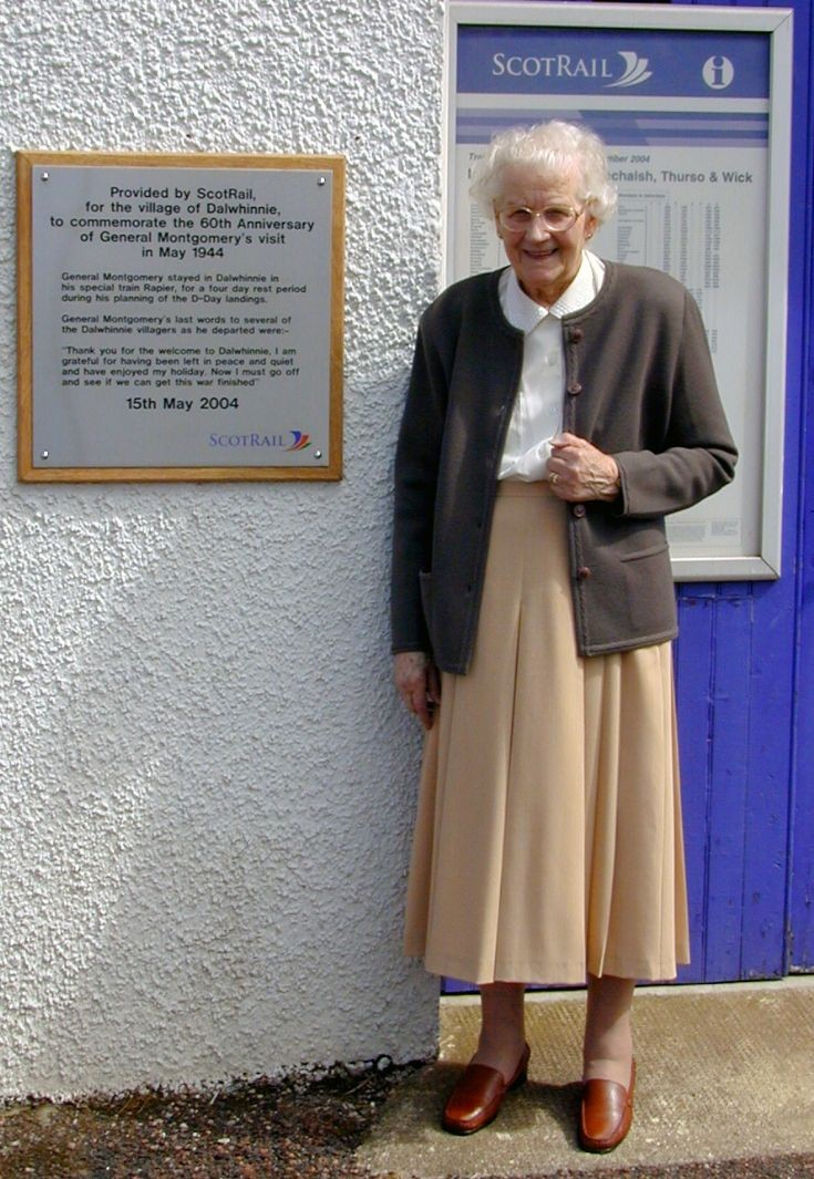 Mrs Doreen James and the Montgomery Plaque at the Station